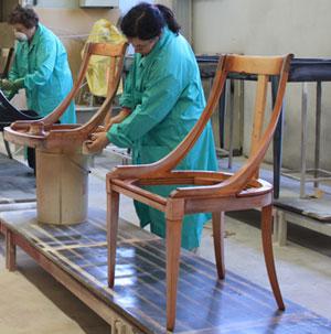 Lucidatura e laccatura mobili brighenti snc for Laccatura mobili